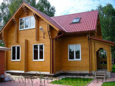 Фасад дома из двойного бруса