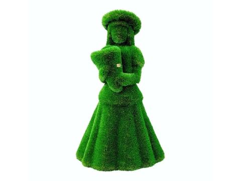 """Топиар """"Девочка с букетом"""" Садовая скульптура из искусственного топиари."""
