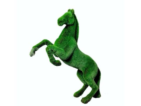 """Топиар """"Конь на дыбах"""" Садовая скульптура из искусственного топиари."""
