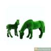 "Топиар ""Лошадь и жеребенок на лугу"""
