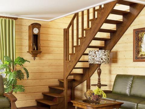 Готовая лестницы на второй этаж К-001м-3