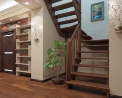 Готовая лестницы на второй этаж К‑033м