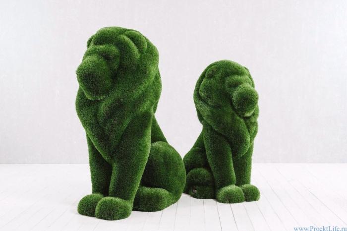 Статуя топиари - Лев и львица